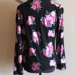 Ultra Flirt Tops - NWT Ultra Flirt Floral Sheen Blouse